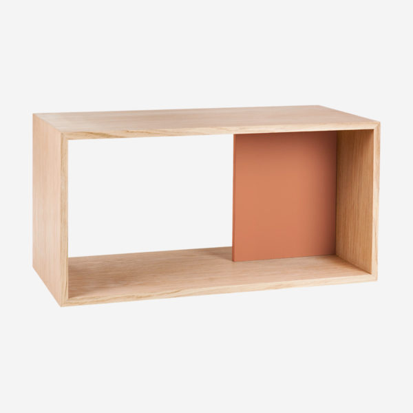 Shelf Edgar, natural oak and coral